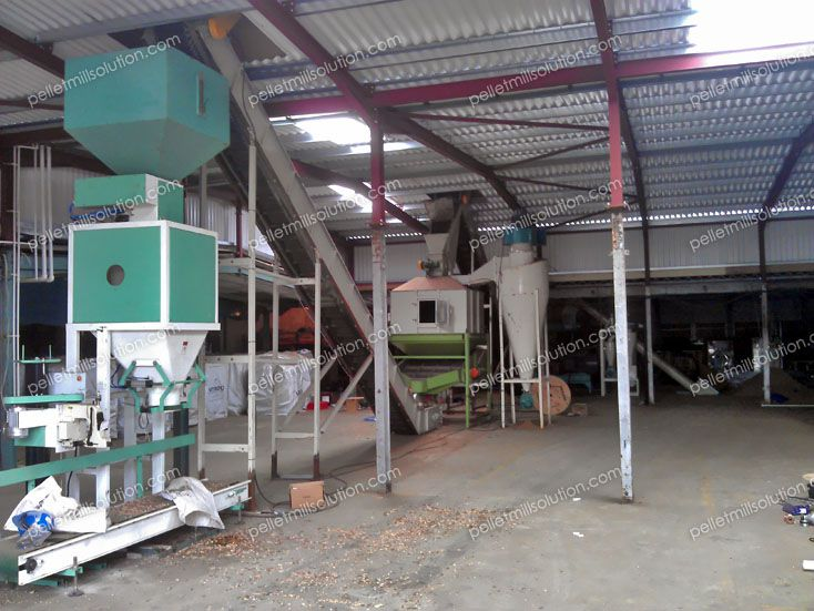 wood pellets cooling and packaging machine